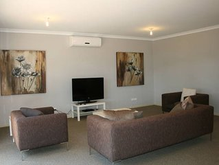 The Old Coolstore - Jonathon Apartment