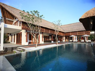 New 5-star villa near Lovina with breathtaking views of Bali Sea and sunset