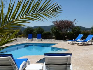 Beautiful Villa With Stunning Uninterrupted Views, Unlimited Wifi and PS3
