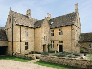 Broadwell Farm, as photographed in '25 Beautiful Homes',  a Grade II listed 17th