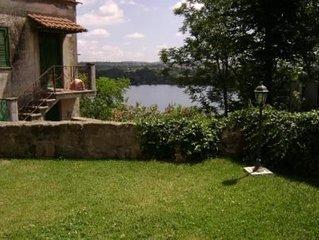 'La Casa dell'Uva Fragola'  sul lago