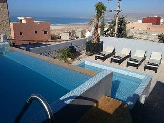Tamraght Agadir: Maison de haut standing vue mer - piscine privee et gouvernante
