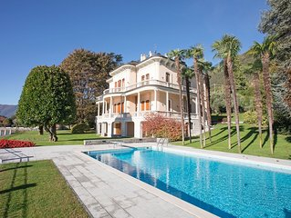 Beautiful home set in period villa located directly on the lake with pool