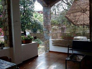 Mandorlo-Appartamento in villetta,80m dal mare,giardino+terrazza,strada privata