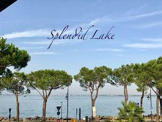 Splendid Lake Suite Apartment