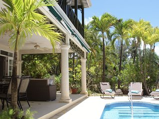 101 Beacon Hill directly opposite Mullins Beach with private plunge pool