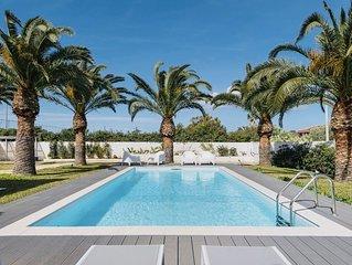 Villa Design con Piscina