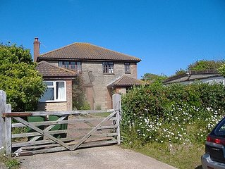 Countryside Cottage 5 Mins From Sandy Beaches