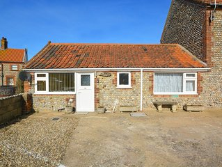 The Anchorage - Two Bedroom House, Sleeps 3