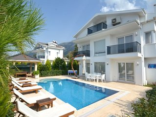 luxury 3 bedroom city villas in oludeniz for rent with private pool and garden