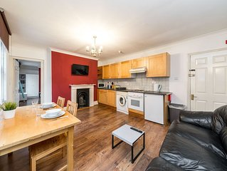 Nice, spacious 1 bedroom apartment in Old Street