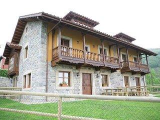 'Casa de Aldea Peñanes 2', a 15 minutos de Oviedo
