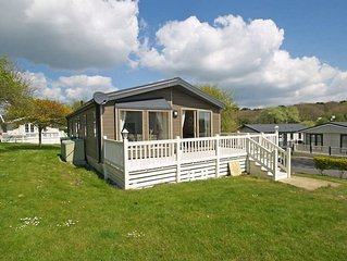 Superb Lodge on 5* Shorefield Country Park  (access to pools included in price)