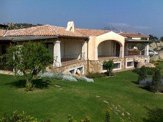 Bellissima villa vista mare con ampio e curatissimo giardino