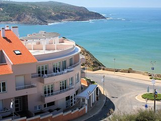 A Stylish Two Bedroom Apartment On Headland Of Sao Martinho Do Porto