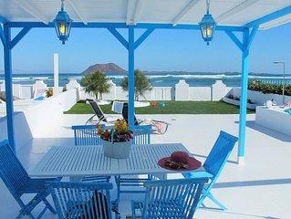 Villa Dalia en primera linea de mar