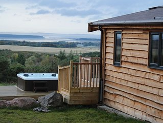 Stunning views from exclusive hot tub, idyllic, stylish and private