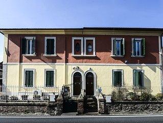 Casa Alfredo situata a 2 km dal centro storico.