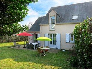 Vacation home in Le Bono, Morbihan - 6 persons, 3 bedrooms