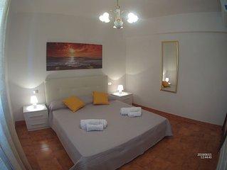 Luminoso appartamento con spaziosa veranda vicino alla spiaggia
