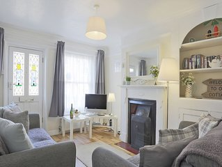 Olivers - Two Bedroom House, Sleeps 4