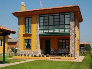 Villa situada en la costa Asturiana