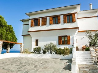 Superb Villa with stunning views