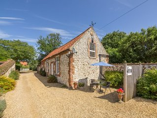 A single storey holiday home in the centre of the pretty village of Thornham