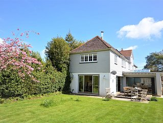 Hope Cottage -  a house that sleeps 10 guests  in 5 bedrooms