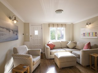 A charming cozy fisherman's cottage in picturesque Milford on Sea near Lymington