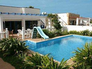 Luxury Villa with Private Heated Pool & Wi-Fi- 25 metres to Beach - VILLA ELENA