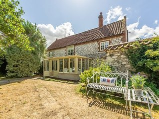 This wonderful retreat sleeps six and comes with a fabulous garden.