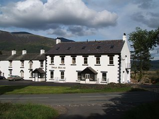 Visit Britain 5* Gold 3 Bedroom Apartment in Quiet Location Close to Keswick