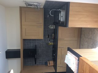 Luxury 2 bedroom apartment in central location