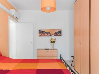 Spacious three rooms flat with a/c wifi & balcony Fiera Milano CVMonteGeneroso