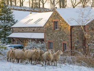 Luxurious, High Quality, 'Green' Barn Conversion (Lake District & Dales National
