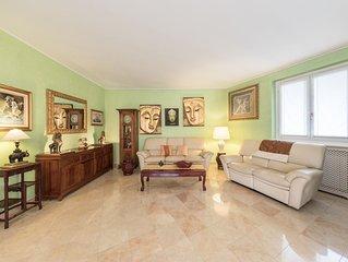 Oriental Luxury apartment in Cernobbio