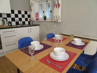 Top floor flat in the centre of Southsea