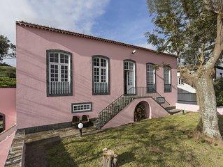 Casa Senhorial em zona tranquila a 5 minutos do centro historico de PDL