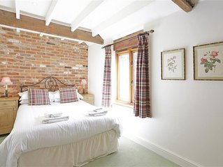 Old Mill House - Two Bedroom House, Sleeps 3