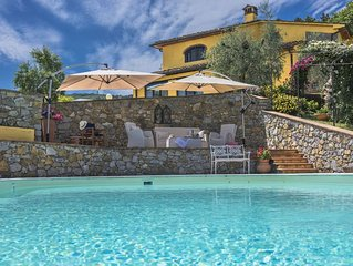 Wonderful private villa for 8 guests with private pool, A/C, WIFI, TV, panoramic