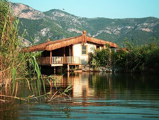 Yalicapkin Cottage - unique thatched cottage located on the Dalyan River.