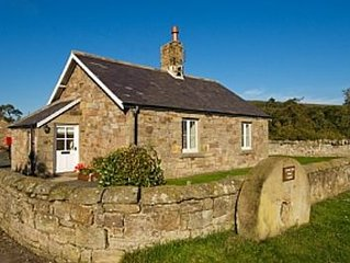 Cottage In A Rural Position With Country Views, Close To Hills & Coast