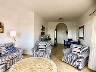 Spacious 2 bedroom apartment with sea and mountain views on Campo de Golf