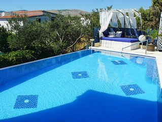 Exclusive villa with the 35m2 private swimming pool,  A/C in each room, seavie