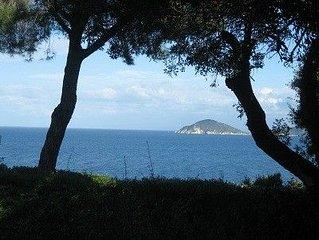 Appartamento in villa sul mare con piscina,Marciana Marina