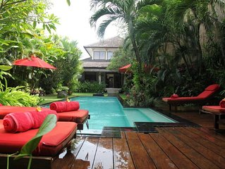 Hidden oasis with private pool in the heart of Seminyak & only 10 mins to beach