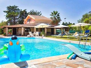 Villa Sporting per una vacanza di sport e benessere a ridosso della spiaggia