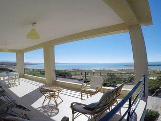 A pochi passi dalla spiaggia di Porto Palo,  appartamento in villa vista mare