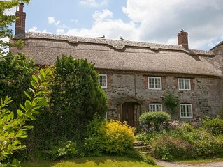 Odd Nod is a picturesque thatched cottages in the beautiful and peaceful hamlet